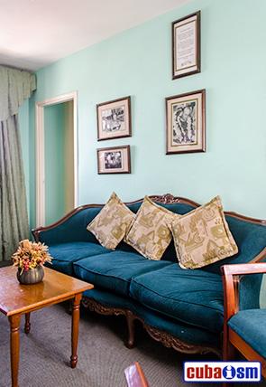 Recibidor de la Habitación Museo Juan Manuel Fangio en el Hotel Lincoln